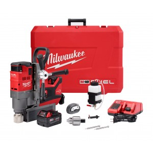"Milwaukee 2787-22 M18 FUEL™ 1-1/2"" Magnetic Drill Kit"